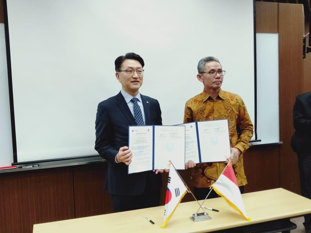 Penandatanganan MoU antara LPPPTK KPTK dengan Kimpo University untuk  Bidang Teknologi Informasi dan